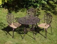 Комплект литой мебели Корсика new  стол и 3 кресла