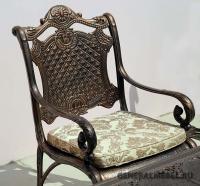 Кресло Дженерал из литого алюминия.