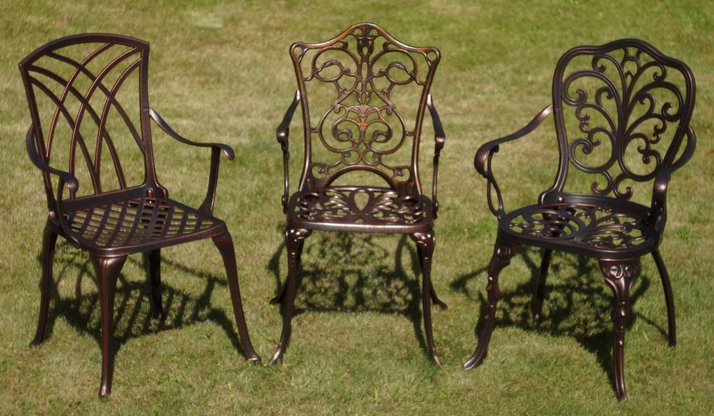 Металлическая садовая мебель из алюминиевого литья для дачи и кафе. Столы и стулья чугунные, литые из легкого сплава, кованые