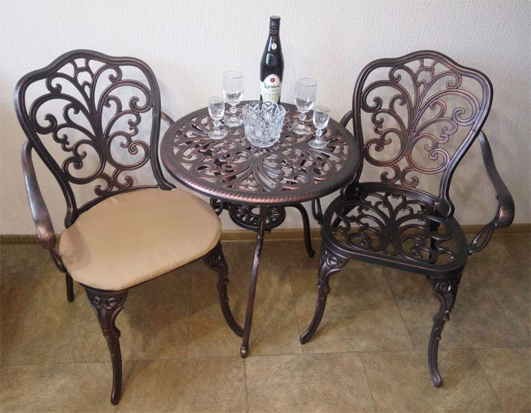 Садовая мебель литая из алюминия, столы и кресла чугунное литье, мебель для кафе и ресторанов на улицу для патио и барбекю