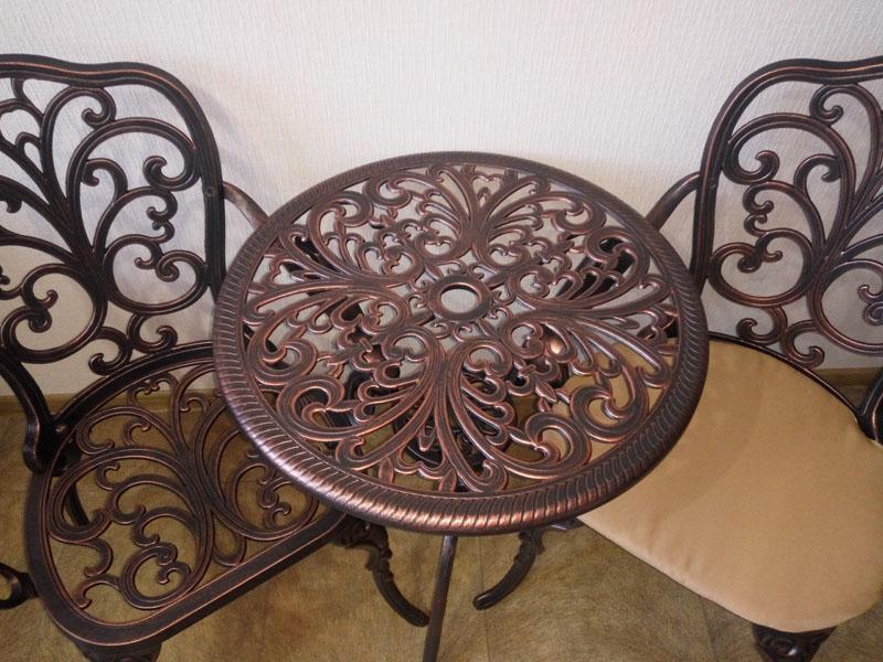 Стол литой круглый, мебель для дачи в беседку и на террасу, столы и кресла для улицы, мебель патио